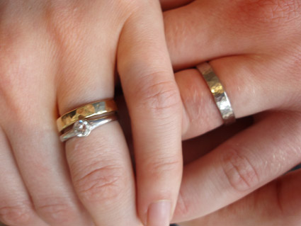 ellie and tobys wedding rings 18 carat gold 2005 ellie is my stepdaughter - How Do Wedding Rings Work